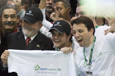 Brazilian Presidente Lula with OpenSolaris community
